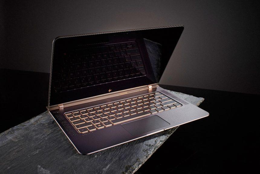 Złoty HP Spectre x360 14 – luksusowy, ale czy wydajny?